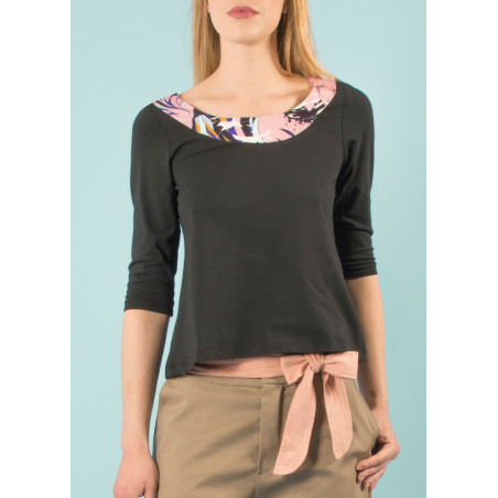 Organic Cleo top in pink black Vogue print