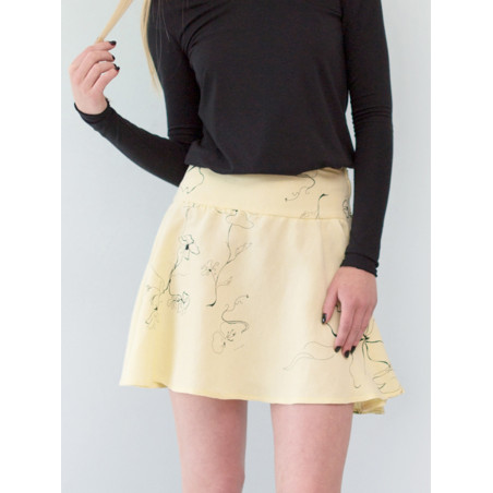 Yellow flowery linen Carmen short skirt